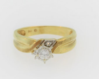 Vintage Solitaire Diamond Engagement Ring- 14k Yellow Gold
