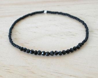 Black bead bracelet, bead bracelet, black bracelet, stretch bracelet, delicate bracelet, small bead bracelet, tiny bead bracelet, seed bead