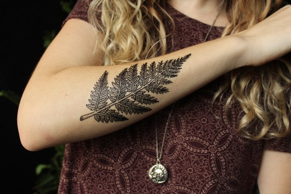 Black Fern Leaf Temporary Tattoo, Forest Leaves Tattoo, Black Line Tattoo Design, Nature Tattoo