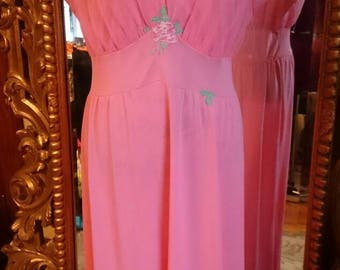 Gorgeous 1950's Laros Rose Nightgown!