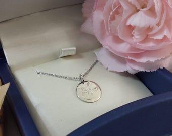 Mother's jewellery , Mother's jewelry , mother's necklace , mothers necklace , mothers initial necklace , mothers alphabet necklace , 14kt
