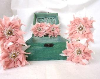 Vintage fabric napkin rings/ Napkin rings/ Shabby napkin ring/ Wedding gift/ Housewarming gift/ Handmade napkin rings/ Boxed set of 6
