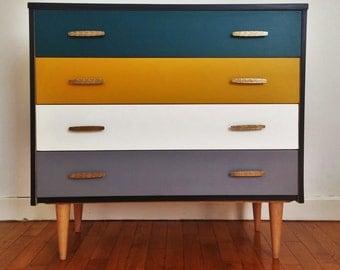 """The ambitious"" vintage Dresser"