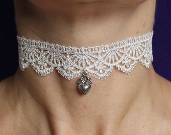 Lace choker / Victorian choker necklace / White lace choker