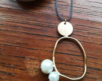 Necklace Circle, Geometrical Necklace, Gift for Women, Gold Necklace, Geometric Jewelry, Minimal Necklace, Gold Jewelry,Minimal Jewelry