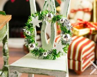 Green and Silver Snowflake Wreath - 1:12 Dollhouse Miniature