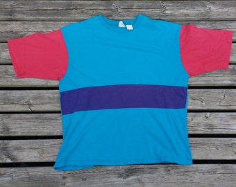 Pure 80's / 90's Colour Block Teal Blue and Red t-shirt Made in USA Hanes Large