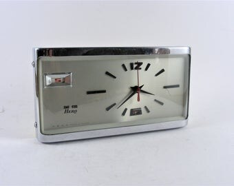 Vintage HERO China Wind Up Alarm Clock
