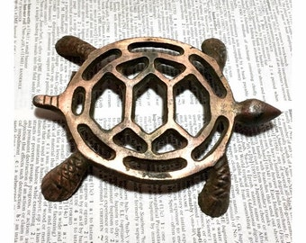 Vintage Copper Wrought Metal Turtle Trivet Small Hot Plate Decorative Kitchen Wall Hanging Decor