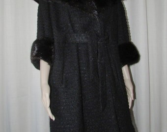 Retro black curly wool muskrat fur Retro black bouclé wool coat muskrat trim sz xl Bust 46-48