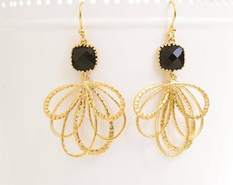 Jet Black Glass Earrings in Gold. Chandelier Earrings. Dangle Earrings. Mother's Day Gift. Gift for Her. Bridesmaid Gift.