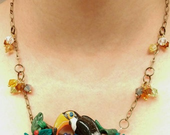 Toucan necklace, polymer clay..