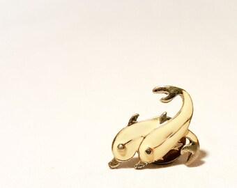 Small Dolphin Pin\ Vintage Dolphin Pin| Boho Retro Pin