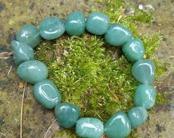 tumbled aventurine bracelet, gift bag and aventurine properties - crystal for heart chakra healing, money and good luck