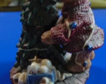 Boyds bears Christmas Tree Trinket Box with baby bear trinket