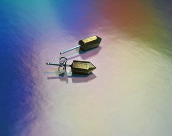 crystal spike earstuds, minimalist earstuds, geometric earstuds, brass earstuds