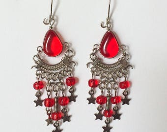 Vintage 90's Red Lucite Bead & Silver Stars Decorative Dangle Drop Chandelier Earrings