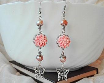 Pearl Earrings, Flower Earrings, Cluster Earrings, Dangle Earrings, Chandelier Earrings, Romantic Earrings, Long Earrings, Boho Earrings