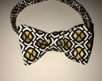 Gold and Black Patterned Bow Tie