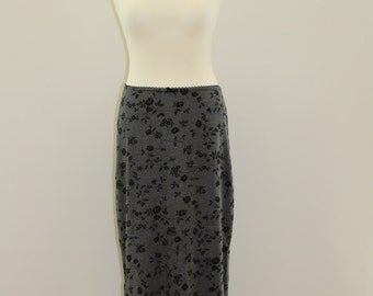 Felt Floral Print Long Skirt (Grey/Black)