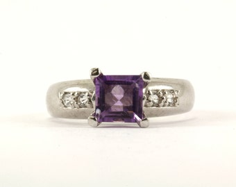 Vintage Women Amethyst Color Princess Cut Crystal Ring 925 Sterling Silver RG 2222-E