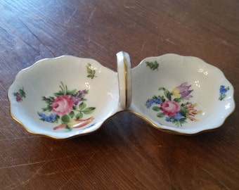 SALE!  Twin Salt Cellar, Herend Handpainted, 1st Quality, Bouquet de Tulipe (Bunch of Tulips) pattern, Made in Hungary 253/BT
