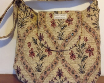 Shoulder bag in beautiful patterned upholstery fabric