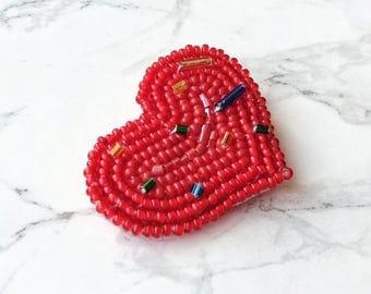 Heart Brooch, Beaded heart brooch, Valentines day gift, bead embroidery, love brooch, Сzech beads brooch, red beaded brooch
