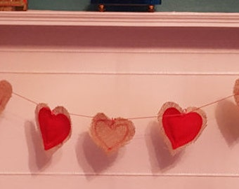 HEARTS Valentines / Mothers Day hessian and felt heart bunting