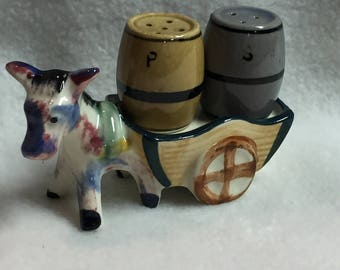 Salt and Pepper - 3 Pieces - Mule with Cart and Two Barrels (#027)