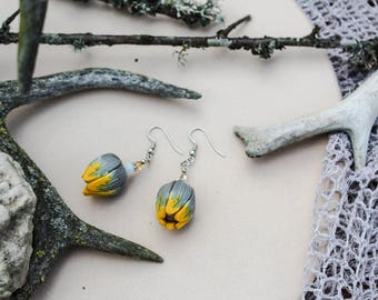 Yellow earrings Summer earrings Statement earrings Tulip earrings Bud earrings Flower earrings Anniversary gift Gift for her Polymer jewelry
