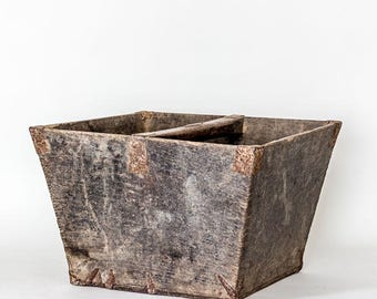 "Vintage Wooden Rice Bucket/Old Chinese Rice Bucket/Rustic Plant Holder/Vintage Magazine Holder/Vintage Wooden Storage Vessel/15""x15""x10"""