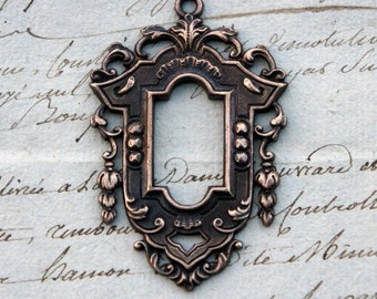 Vintage French Brass Stamping/Antique Style/Baroque/18th Century/Frame Pendant/French Findings