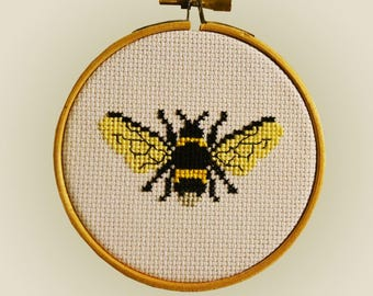 Cross Stitch Kit - Bumble Bee 'Bombus' Simple Cross Stitch