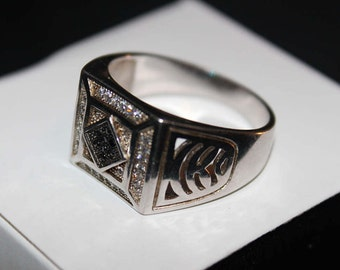 925 Sterling Silver Men's Ring - Beautiful Black and Silver Stones