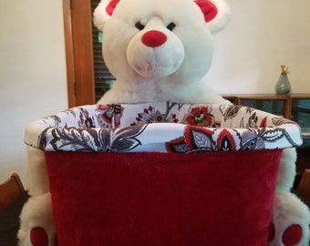 Red-white-black boutique bear
