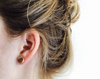 Wooden earstuds circle with sterling silver