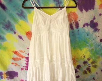 70s VINTAGE White Lace Dress
