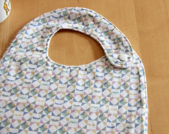 Baby bib - mustache - triangles - graphic - light pink - mint - yellow - blue - bamboo - baby gift - baby shower - baby meal - birthday