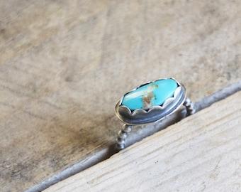 Kingman Gold Vein Turquoise Ring / Modern Jewelry