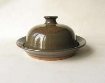 Pottery Butter Dish, Round Butter Dish, Stoneware Butter Keeper