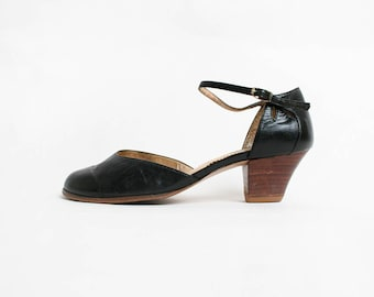 Vintage 1970s Heels - Black Leather Teardrop Cut-out Wood Sandals Heels - Ankle Strap - Made in Brazil - Size 7 1/2