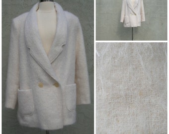 70s-80s ladies white mohair jacket. Double breasted suit cut winter coat, two deep front pockets, roomy, size L.