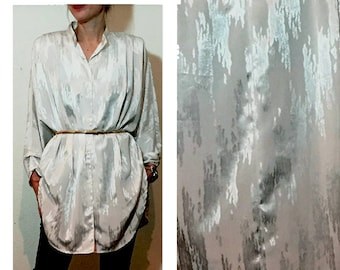 80s White Glam Long Vintage Oversized Button Down Tunic Mini Dress Blouse with Shoulder Pads