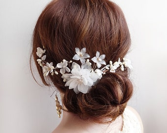 bridal hair comb, bridal hair flower, bridal hair vine, wedding hair piece, white hair clip, wedding headpiece, ivory hair flower, floral