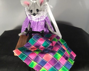 Felt Mouse Quilting on a Sewing Machine. NEW LOWER PRICE