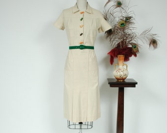 Vintage 1930s Dress -  Rare Deco 30s Sturdy Day Dress with Bold Bakelite Buttons and Large Pockets - Candy Drop