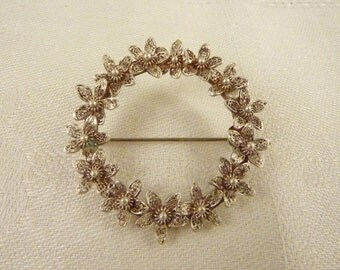 SALE --- Vintage Sterling Silver Filigree Flower Brooch