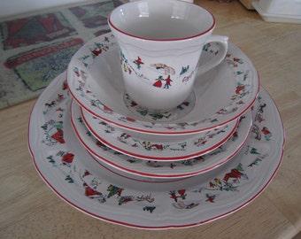 Farberware White Christmas Dish Set 20pc