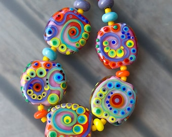 Garden of Happiness - 5 free shaped lampwork beads + 10 spacer beads - Art Glass by Michou P. Anderson (Brand/ Label Sonic & Yoko)